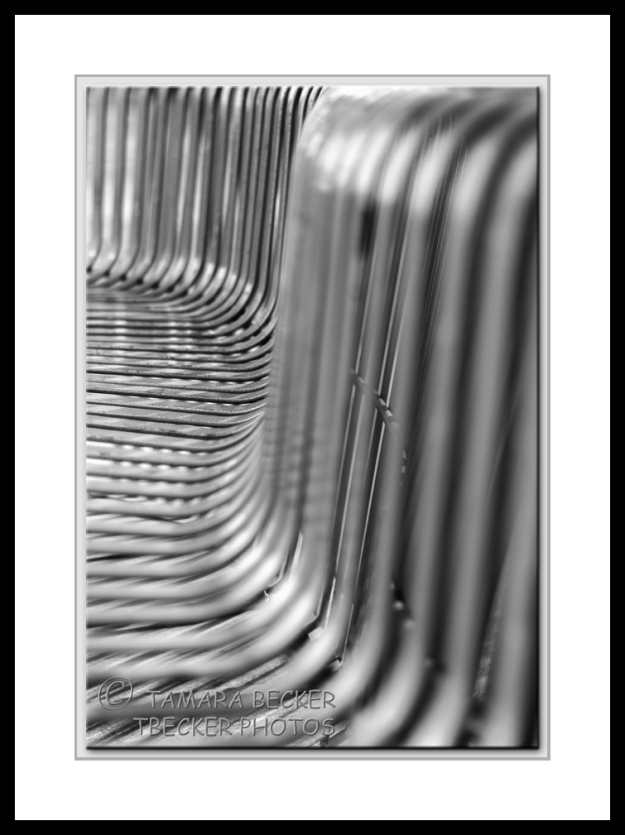 _abstract-park bench-monochrome-framed=3855